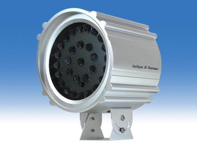 100m照射対応 赤外線照射器(屋外防滴)
