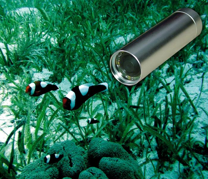 水中監視カメラ 27万画素完全防水カメラ